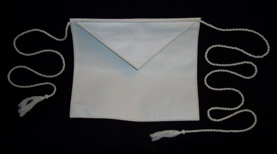 Entered_Apprentice_Freemason_apron